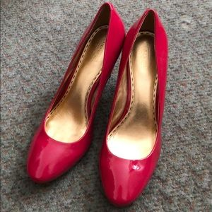 Coach patent leather pink heels size 11